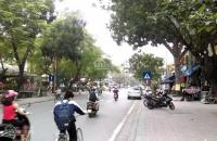 Bán nhà mặt phố Ngọc Lâm,lô góc,kinh doanh sầm uất,DT 50m,5 tầng,MT 4m,giá 9,9 tỷ.