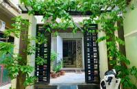 Bán nhà khu đấu giá Giang Biên,DT 105m,MT 5m,5 tầng,giá 12 tỷ.Lh:0989126619.