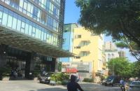 Mặt phố Núi Trúc - Phố Hiếm Nhà bán, Lô góc 26m MT rộng, giá 8,2 tỷ.