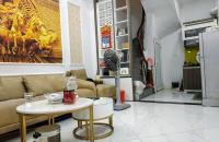 Nhà ngõ 258 Tam Trinh Hoàng Mai, 35m, giá 2.75 tỷ: LH 0358612683.